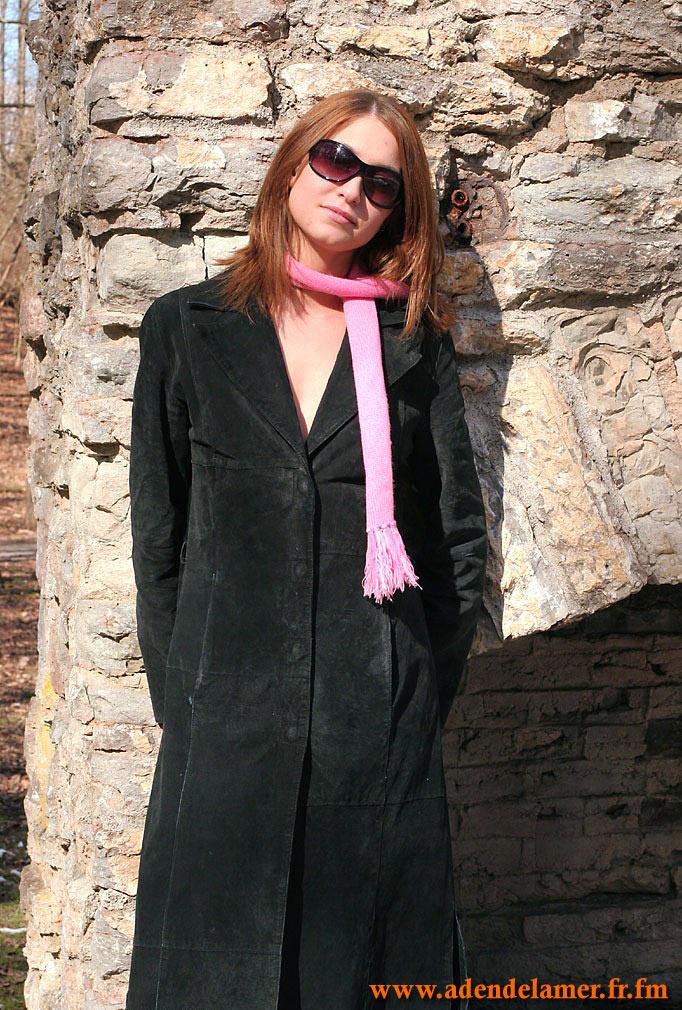 http://janet.roprit.free.fr/Amat/Ginger/03/images/001.jpg