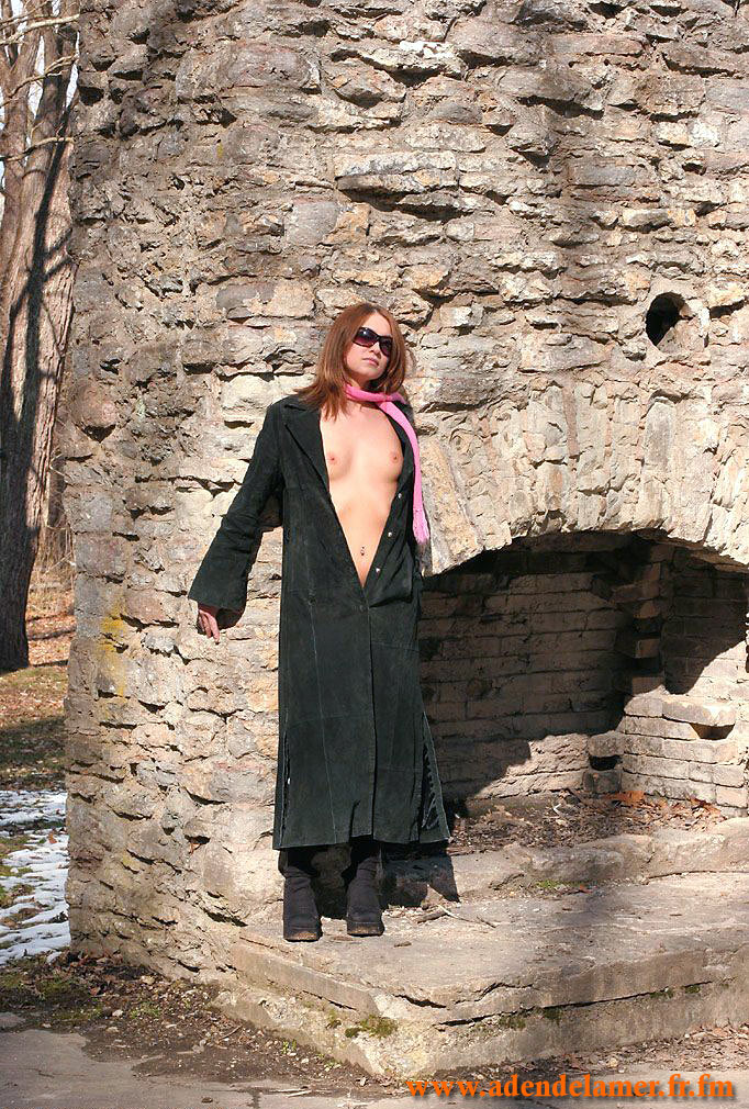 http://janet.roprit.free.fr/Amat/Ginger/03/images/014.jpg