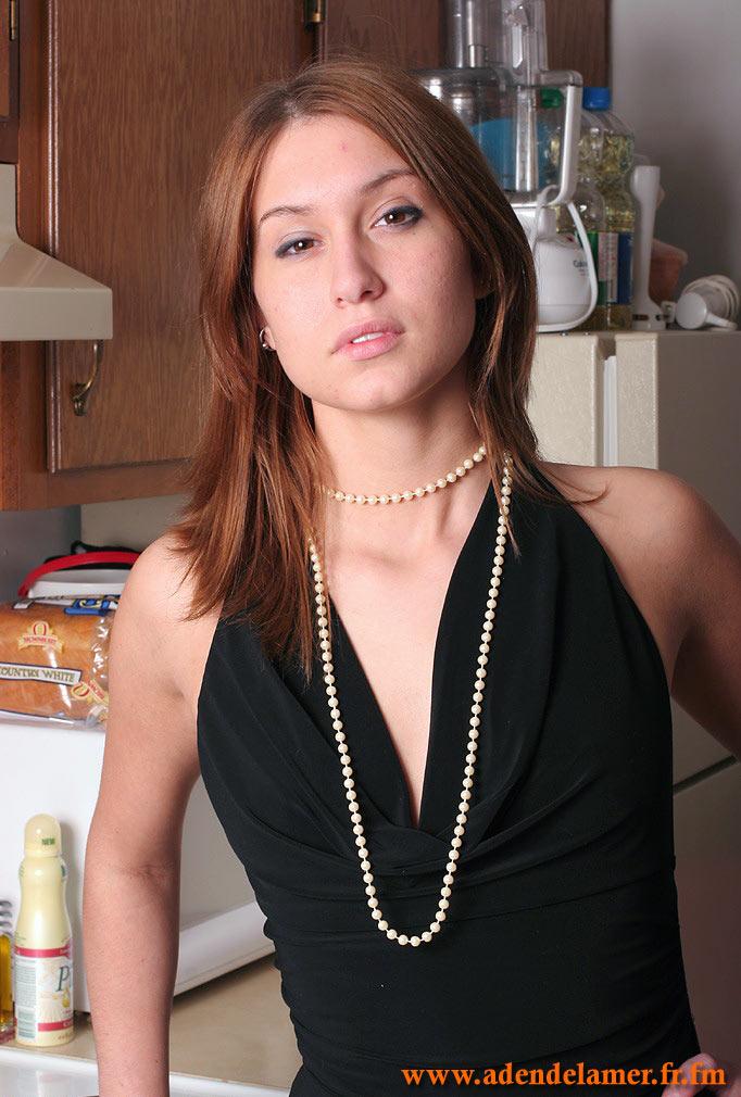 http://janet.roprit.free.fr/Amat/Ginger/05/images/009.jpg